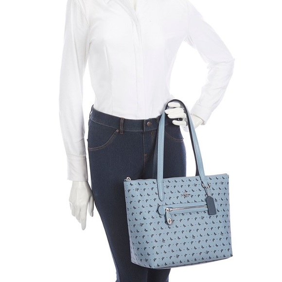 Coach Handbags - New Coach Butterfly Taylor tote
